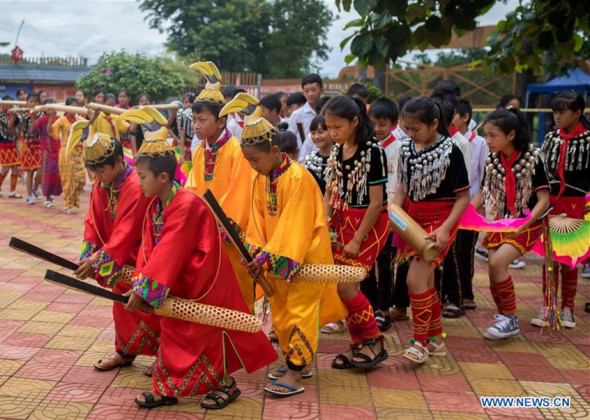 Primary School Teaches Folk Dance to Pupils to Promote Tradi